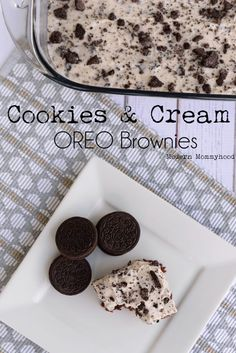 Cookies and Cream Oreo Brownies Recipe + Hamilton Beach Giveaway.  Fudgey brownies with bits of OREOS smothered with a yummy OREO frosting!
