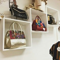 Having the right handbag can be the difference between a great night out and an evening of embarrassment. Find the perfect handbag for your next outing or favorite outfit at Filetta's Couture Boutique #coloradoboutique #localboutique #handbags #purse #auroramall #designerfashions #fasions #tgif #ladyfashion #womenfashion