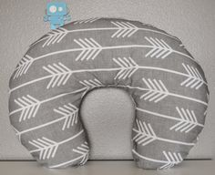 This listing is for a grey arrow nursing pillow cover.    These nursing pillow covers are great for the stylish mom and baby! They are serged and sewn for
