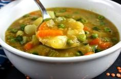 Mulligatawny Soup - who doesn't think think of the Seinfeld episode with the Soup Nazi. Mulligatawny Soup - who doesn't think think of the Seinfeld episode with the Greek Recipes, Indian Food Recipes, Soup Recipes, Diet Recipes, Vegetarian Recipes, Snack Recipes, Cooking Recipes, Healthy Recipes, Ethnic Recipes
