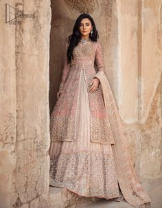 Asian Wedding Dress Pakistani, Asian Bridal Dresses, Indian Bridal Outfits, Indian Bridal Fashion, Pakistani Wedding Dresses, Pakistani Dress Design, Pakistani Party Wear, Punjabi Wedding, Pakistani Outfits