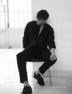 Bastiaan Van Gaalen Graces the Pages of LOfficiel Hommes NL in Calvin Klein: Keel the men