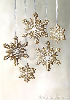 snowflake gingerbread - Google Search Snowflake Garland, Snowflakes, Christmas Cookies, Christmas Crafts, Nars, Gingerbread, Chandelier, Ceiling Lights, Pendant