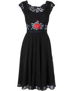 Oooh, this is lovely, I'm wondering if it will make it to the sale? The lace and embroidery on the bodice give it a 1940s Mexican peasant feel and being black it would work for day or night really well. I'd wear it with flowers in my hair and high …