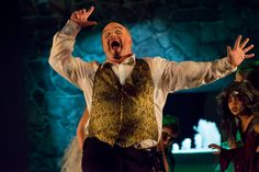 Tracy's Tips and Tricks for Shooting Theater Performances