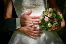 Everything You Need To Know About Wedding Ring Shopping - Insta Wedding Fit And Flair, Wedding Events, Wedding Reception, Gown Wedding, Wedding Groom, Wedding Vendors, Wedding Bride, Floral Wedding Decorations, Traditional Engagement Rings