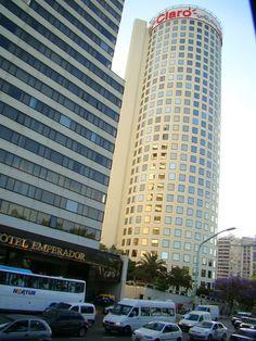 """""""""""La Torre Prourban"""""""" para los porteños: """"""""El Rulero"""""""" Es un edificio de oficinas que esta en Avenida 9 de Julio junto a la Avenida Del Libertador. La obra se realizo entre los años 1979 a 1983. En 1986, la automotriz Sevel, instalo en el remate de la torre, la publicidad mas alta de ese momento en la Argentina. Luego vinieron otras publicidades en la actualidad esta la de la empresa Claro"""