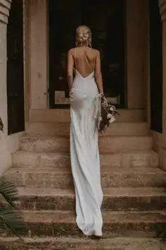 Wedding Dress Trends, Best Wedding Dresses, Bridal Dresses, Wedding Gowns, Wedding Cakes, Lace Weddings, Simple Weddings, Wedding Dress Low Back, Modest Wedding