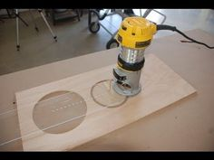 How to Build a Circle Cutting Jig for Your Router - YouTube