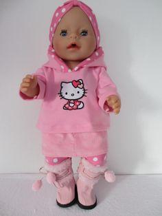 Voor Baby Born Girl 4 delig setje legging met voetjes rokje met zakjes voor en achter en een klein splitje mooie sweater met capuchon en haarband