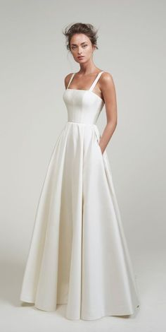 Lihi Hod Wedding Dresses white wedding dress in white. This best image collections about Lihi Hod Wedding Dresses white wedding dress in white is available to d Cute Wedding Dress, Best Wedding Dresses, Bridal Dresses, Dresses Dresses, Summer Dresses, Modest Wedding, Gown Wedding, Backless Wedding, Long Dresses