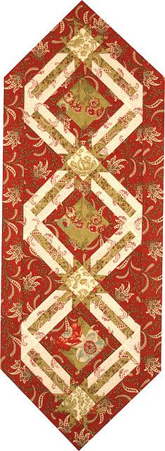 Christmas table runner | Flickr - Photo Sharing! Terry Atkinson pattern I must…