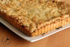 Un dessert simple et efficace ! J'adore la tarte aux pommes, j'adore les crumble, j'avais juste envie d'allier les deux (ça a déjà été fait hein je n'ai rien inventé :D ) ! J'ai réalisé une de mes pâtes à tarte préférées (la pâte brisée de Christine Ferber)....