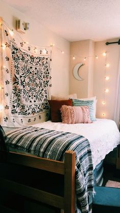 Gorgeous Bedrooms That WIll Inspire Some Big Ideas Bedrooms That WIll Inspire Some Big Ideas - The living room is the thing that defines your property. A messy home is a visual and mental drain. Dorm Room Designs, Living Room Designs, Living Room Decor, Bedroom Decor, Bedroom Ideas, Bedroom Inspo, Bedroom Designs, Modern Bedroom, Decor Room