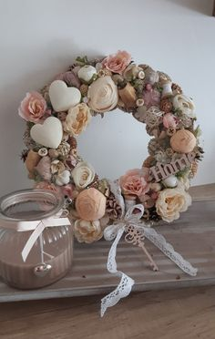 Diy Spring Wreath, Spring Crafts, Diy Wreath, Crafts To Make And Sell, Diy And Crafts, Easter Wreaths, Christmas Wreaths, Handkerchief Crafts, Shabby Chic Wreath