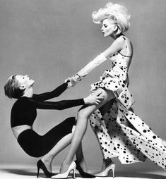 Photography Poses : One of the best shoots of two models together ever! Richard Avedon for Versace,… Photography Poses : One of the best shoots of two models together ever! Richard Avedon for Versace Fashion Photography Poses, Fashion Poses, Editorial Photography, Photography Ideas, Spring Photography, Vogue Photography, Photography Women, Vintage Photography, Nadja Auermann