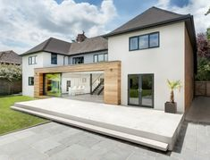 architecture runners house ar design studio Modern Extension Reshaping a Confusing Home Layout in Winchester, UK Kilham House was once a building with a confusing layout. AR Design Studio came up with the idea for a modern extension. House Extension Design, Extension Designs, Extension Ideas, Architecture Design, Studios Architecture, Luxury Modern Homes, Contemporary Homes, English House, House Extensions