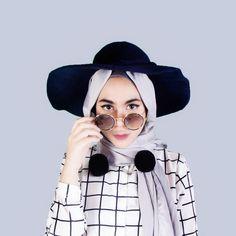Hasil gambar untuk hijab dengan topi instagram Hijab Fashion 3a3825ed60
