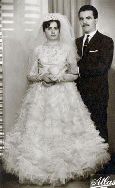 Chic Vintage Brides, Vintage Weddings, Girls Dresses, Flower Girl Dresses, Wedding Photos, Wedding Dresses, Beautiful, Fashion, Dresses Of Girls