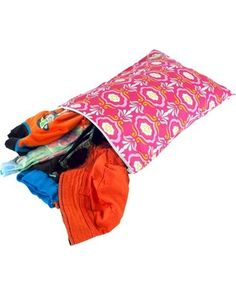 Separate wet or dirty laundry from the clean stuff while on vacation using this reusable damask bag. Click above to buy one before your next trip.