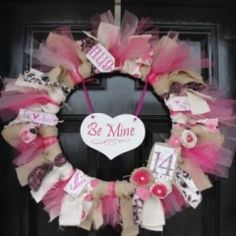 I think I may try making a Valentine ribbon wreath - looks super easy!