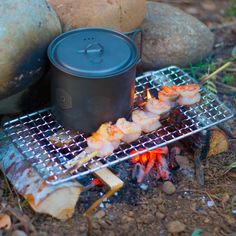 The Original Bushcraft Grill – Welded Stainless Steel High Strength Mesh (Campfire Rated) — Expedition Research LLC – Robert Perez – bushcraft camping Bushcraft Pack, Bushcraft Camping, Bushcraft Skills, Camping Photo, Diy Camping, Camping Ideas, Camping Outdoors, Fire Cooking, Outdoor Cooking