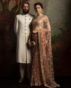 What does that beautiful Sabyasachi Saree Cost? I know I have which is why every time Sabyasachi launches a new collection, I start hunting for Sabyasachi Saree Cost in a frenzy. Indian Bridal Fashion, Indian Wedding Outfits, Bridal Outfits, Indian Outfits, Desi Wedding, Saree Wedding, India Wedding, Wedding Dresses, Indian Look