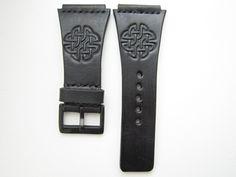 Černý+kožený+pásek+na+hodinky+THE+ONE+Kerala+Tranc+Máte+hodinky+na+ktoré+sa+už+nedá+kúpiť+remienok?+Po+dohode+vám+vyrobím+náhradný+remienok.+Napíšte+mi+správu,+určite+sa+dohodneme.+Foto+je+príklad+ako+môže+taký+remienok+vyzerať.+Cena+za+remienok+sa+môže+mierne+líšiť+podľa+požiadaviek.
