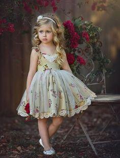 GOLDEN GIRL DRESS Chiffon/tulle layer over skirt
