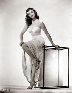 Vintage Glamour Girls: Gloria Talbott