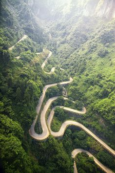 Tianmen Mountain Road in China | 14 Roads You Need To Drive In Your Lifetime