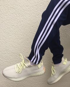 b97e3d225 16 Best yeezey v2 butter outfit images