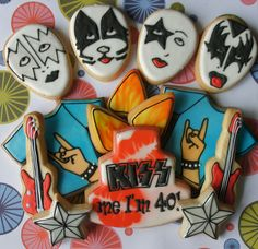 Kiss Band Cookies :D Abriana will need these for her KISS birthday! No Bake Sugar Cookies, Kiss Cookies, Cute Cookies, 4th Birthday Parties, 50th Birthday, Rockstar Birthday, Rock N Roll, Cookie Designs, Cookie Ideas