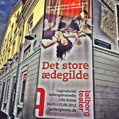 'Det Store Ædegilde' på Aalborg Teater - underholdende og anderledes aften. Alt i alt en god oplevelse :-) Aalborg, Broadway Shows, Scene, Music, Books, Inspiration, Livros, Biblical Inspiration, Musik