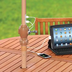 The Only Device Charging Market Umbrella - Hammacher Schlemmer