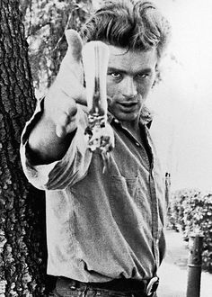 magictransistor:  James Dean.
