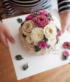 Done by me  www.better-cakes.com  #buttercream#cake#베이킹#baking#koreanfood#Bettercake#버터크림케익#flowercake#yummy#flowers#꽃#sweet#베러케이크#foodporn#birthday#수제케익#디저트#플라워케익클래스#dessert#버터크림플라워케이크#followme #food#wedding#beautiful#flowerstagram#instacake#koreancake#꽃스타그램#베이킹클래스#instafood