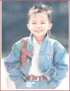 G-Dragon shares an adorable childhood photo