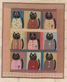 Alley Cat Tales, hmm, yellow stripes maybe for the cats? Halloween Quilts, Cat Applique, Applique Quilts, Cute Quilts, Small Quilts, Quilting Projects, Sewing Projects, Cat Quilt Patterns, Quilt Modernen