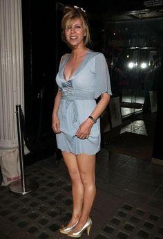 Kate Galloway, Tv Girls, Tv Presenters, Voluptuous Women, Sexy Older Women, Sexy Skirt, Sexy Legs, Gorgeous Women, Dame