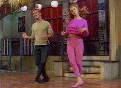 A fav movie of many a 50s kids is on today -- if you get the Turner Classic Movie Channel - at 4:15pm (EDT) Bye Bye Birdie  staring Bobby Rydell and the gorg. Ann Margaret star in this one -- it's also on YouTube in full if you want to watch it there. Here's Ann doing part of that great Birdie Dance!