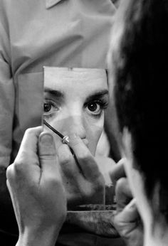 Liza Minnelli applying make-up during the filming of Tell Me That You Love Me, Junie Moon (1970, dir. Otto Preminger)