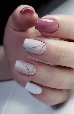 35 Simple Ideas for Wedding Nails Design - How to use nail polish? Nail polish on your friend's nails l Stylish Nails, Trendy Nails, Cute Nails, Simple Acrylic Nails, Acrylic Nail Designs, Simple Nails, Designs For Nails, Simple Elegant Nails, Gel Manicure Designs