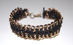 Passo a passo de pulseira de corrente com cordão de couro e mais idéias