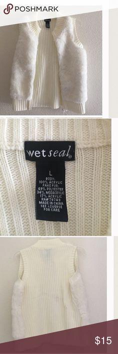 "❄️White Faux Fur Vest, NWOT Beautiful white faux fur vest, fur on the front with sweater back, zip front no pockets, chest zipped up 34"", length 22"" Wet Seal Jackets & Coats Vests"