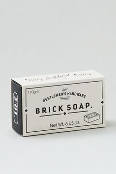 Diy candles packaging ideas 37 ideas for 2019 Diy Candle Labels, Candle Packaging, Soap Packaging, Cosmetic Packaging, Packaging Ideas, Packaging Design Box, Mens Soap, American Eagle Outfitters, Vintage Packaging