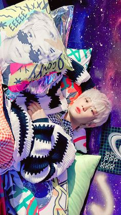 Baekhyun, Park Chanyeol Exo, Nct Taeil, Exo Lockscreen, Korean Boy, Celebrity Dads, Celebrity Photos, Celebrity Style, Craft Ideas