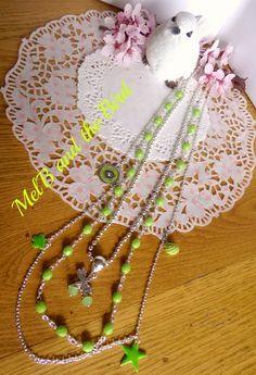 Sautoirs 3 rangs, perles facettes vert anis, breloques, chaine boules,