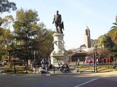 Monumento al Almirante Guillermo Brown   de Francisco Cafferata marca el inicio de la historia de la escultura argentina, junto a sus contemporáneos, como Lucio Correa Morales y posteriormente Yrurtia, Riganelli, Oliva Navarro, Bigatti