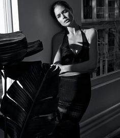 The spring magazines are starting to hit the newsstands and I can't wait to pick up the Spring 2015 fashion issue of the WSJ magazine on Saturday, February 14th. Dutch model Doutzen Kroes graces the cover and in afeature inside. She looks healthy and strong and makes me to eat healthy and work out more […]
